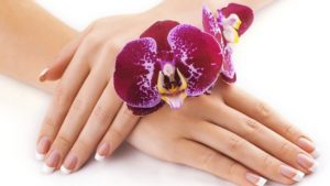 natural-beauty-ways-for-hand-treatment